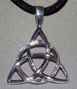 Sterling Silver Celtic Trinity Circle Knot