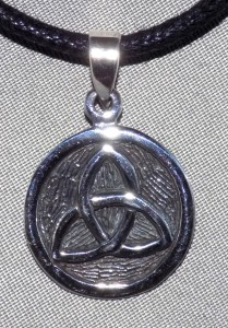 Sterling Silver Round Trinity Knot Necklace