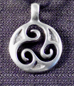 Round Celtic Triskele Necklace